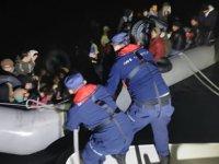 Karaburun ve Seferihisar'da 75 düzensiz göçmen yakalandı
