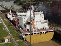Panama Kanalı'nın devlete devredilişinin 20. yılı 'kuraklık gölgesinde' kutlandı