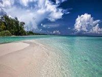 Endonezya'da deniz seviyesinin yükselmesi sonucu 2 ada su altında kaldı