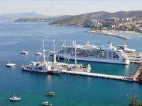 Kuşadası dev gemilerle rekor kırmayı hedefliyor