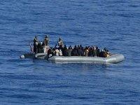 TCG Gaziantep Akdeniz'de 30 düzensiz göçmen tespit etti