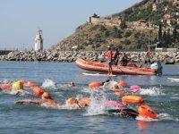 Oceanman Akdeniz'in kültürel değerlerini yüzme sporuyla öne çıkarıyor