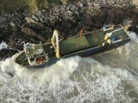 Hayalet gemi, İrlanda kıyılarına vurdu