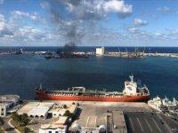 Trablus Limanı'nda yakıt boşaltma işlemi durduruldu