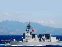 Japon savaş gemisi Orta Doğu'da göreve başladı