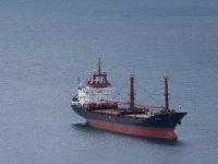 Ayvacık'a demir atan gemi, ekipleri harekete geçirdi