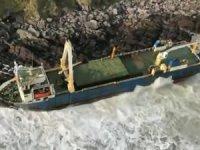 'Hayalet Gemi'deki yakıt sızıntısı durduruldu