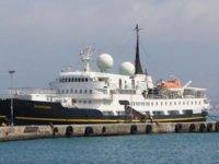 Antalya'da kruvaziyer gemi sürprizi