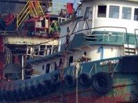 Türkiye'nin gemi söküm merkezi Aliağa, koronavirüs salgınına rağmen faaliyetlerini sürdürüyor