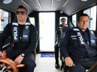 Antalya'da deniz polisi 'karakolbot' ile denetim yaptı