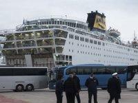 Türkiye'nin Atina Büyükelçisi: 'Yaklaşık 70 Türk koronavirüs nedeniyle Yunan gemisinde tedavi altında'