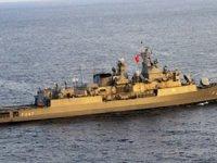 Yunan botlarından Türk ticari gemisine taciz: ''TSK unsurları gelince kaçtılar''