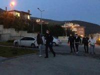 Bursa'da yasağa rağmen denizde yüzenler gözaltına alındı