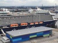 Almanya'da limanda bekleyen lüks gemide koronavirüs tespit edildi
