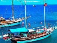 Tur tekneleri mavi sulara açılmak için gün sayıyor