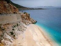 Dünyaca ünlü Kaputaş Plajı'nda 'koronavirüs' sessizliği