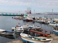 Kısıtlamanın kaldırılmasının ardından balıkçıların yüzü istavrit ile güldü