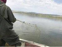Elazığ'da 2 bin 300 metre balık ağı ele geçirildi