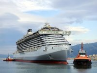 Fincantieri yeni cruise gemisi Valiant Lady'i suya indirdi