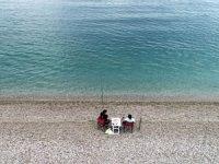 Deniz kenarı ve plajlarda, olta balıkçılığı ile yürüme alanlarına yönelik Kovid-19 tedbirleri belirlendi