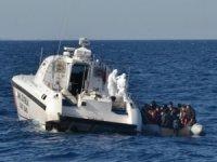 Türk kara sularına geri itilen 50 düzensiz göçmen kurtarıldı