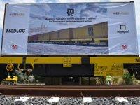 Anadolu'nun ana limanı Asyaport'a yükler gelmeye devam ediyor