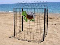Manavgat'ta deniz kaplumbağası yuvalarına çitli koruma
