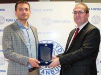 Türk Loydu Vakfı'nın desteklediği akademik bursiyere uluslararası ödül