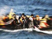 Balıkesir'de 39 kişiyi taşıyan bot battı