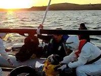 Ayvalık'ta Afganistan uyruklu 40 mülteci kurtarıldı