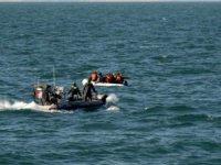 Fransa'dan İngiltere'ye deniz yoluyla kaçak geçişlerde büyük artış yaşanıyor