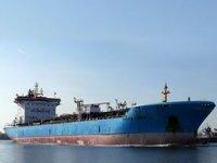 Maersk'e ait 'ETIENNE' isimli tanker Malta'da 27 göçmeni kurtardı, kendi mahsur kaldı
