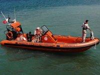 Kıyı Emniyeti ekipleri, denizlerde her gün onlarca can kurtarıyor