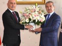 Yıldız Teknik Üniversitesi Rektörü Prof. Dr. Tamer Yılmaz görevine başladı