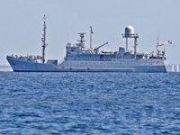 Ukrayna'nın yeni istihbarat gemisi askeri üsten ayrıldı