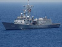 Türk gemisi, Meis Adası yakınlarında seyrediyor