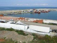 Trabzon'da balıkçı barınakları ve balık depoları yıkıldı