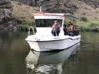 Denize hasret ziyaretçiler, tekne turlarına büyük ilgi gösteriyor