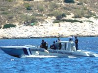Girit açıklarında tekne battı: 16 göçmen kayıp