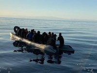 Akdeniz'de göçmenleri taşıyan bot battı: 24 ölü