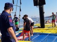 Gezi teknelerinde maske ve sosyal mesafe denetimi yapıldı