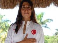 Milli serbest dalışçı Fatma Uruk, Meksika'da şampiyon oldu