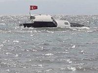 'Y. Calypso' isimli tekne, Tekirdağ'da karaya oturdu