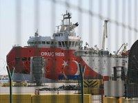 Oruç Reis sismik araştırma gemisi, yeniden Antalya Limanı'na demirledi