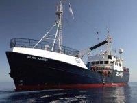 Kıyıya yanaştırılmayan Alan Kurdi gemisine Fransa'dan izin çıktı