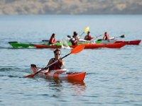 Keban Baraj Gölü kano tutkunlarının vazgeçilmez adresi oldu