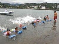 'Yüzme Bilmeyen Kalmasın Projesi' ile yüz binlerce kişi yüzme öğrendi