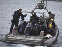 AB, göçmenlerin açık denize geri itildiğine ilişkin soruşturma başlattı