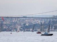 Cumhurbaşkanlığı Uluslararası Yat Yarışları, İstanbul Boğazı'nda başladı