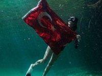 Serbest dalışçı Fatma Uruk, 72 metrelik derecesiyle dünya rekoru kırdı